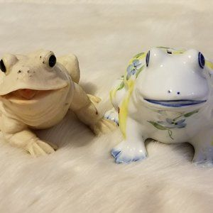 2 Assorted Frogs Ceramic Bank and Hard Plastic